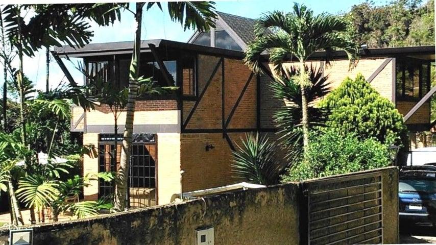 Casa Distrito Metropolitano>Caracas>Oripoto - Venta:190.000 Precio Referencial - codigo: 19-121