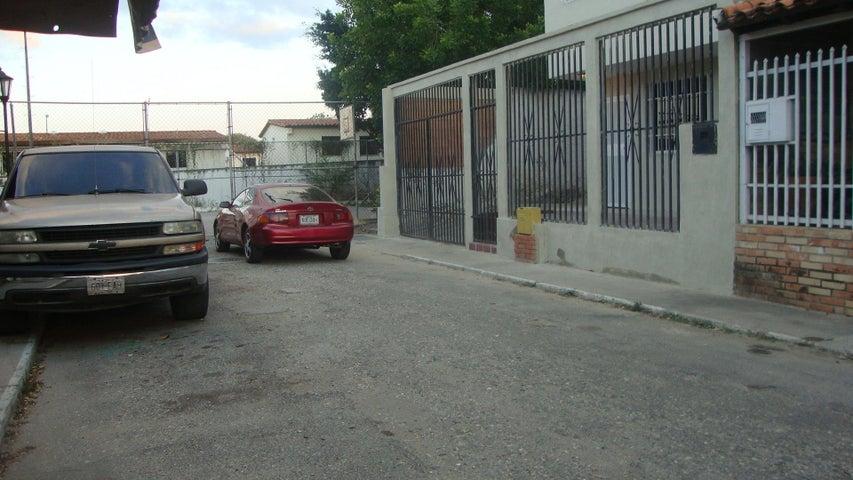 Casa Lara>Cabudare>Parroquia Cabudare - Venta:20.000 Precio Referencial - codigo: 19-144
