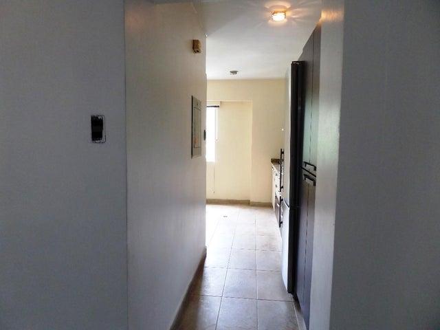 Apartamento Distrito Metropolitano>Caracas>Baruta - Venta:45.000 Precio Referencial - codigo: 19-278