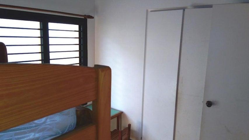 Apartamento Distrito Metropolitano>Caracas>Los Dos Caminos - Venta:220.000 Precio Referencial - codigo: 19-307
