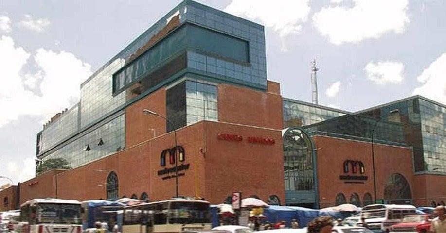 Local Comercial Distrito Metropolitano>Caracas>Parroquia Catedral - Venta:90.000 Precio Referencial - codigo: 19-318