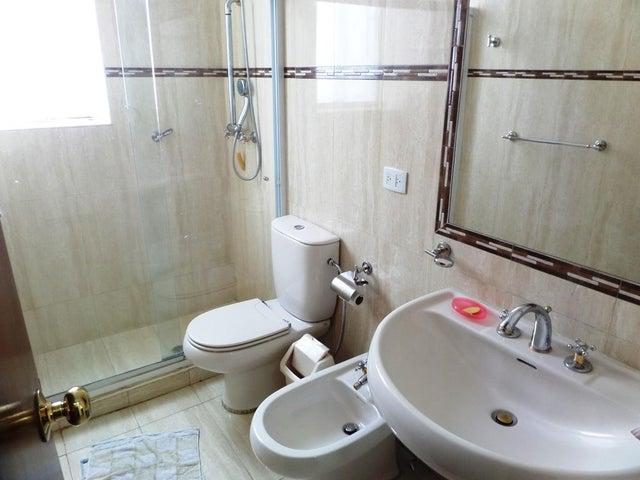 Casa Distrito Metropolitano>Caracas>La California Norte - Venta:249.000 Precio Referencial - codigo: 19-429