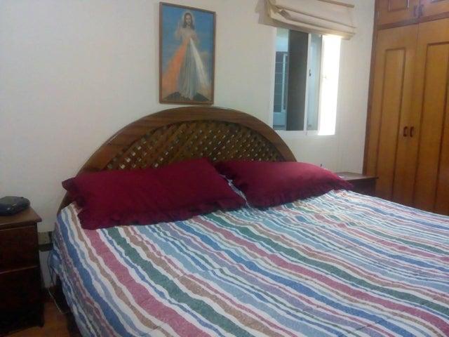 Townhouse Zulia>Maracaibo>Doral Norte - Venta:70.000 Precio Referencial - codigo: 19-458