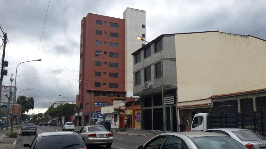 Local Comercial Lara>Barquisimeto>Parroquia Concepcion - Alquiler:250 Precio Referencial - codigo: 19-472