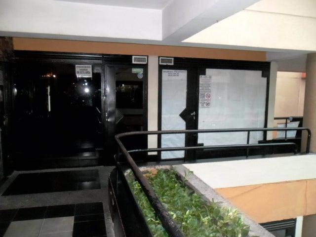 Local Comercial Aragua>Maracay>Avenida 19 de Abril - Venta:3.800 Precio Referencial - codigo: 19-523