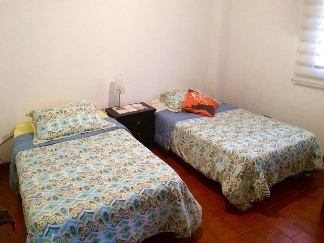 Apartamento Distrito Metropolitano>Caracas>El Llanito - Venta:30.500 Precio Referencial - codigo: 19-548