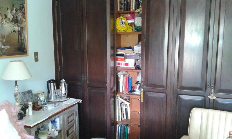 Apartamento Distrito Metropolitano>Caracas>San Roman - Venta:300.000 Precio Referencial - codigo: 19-582