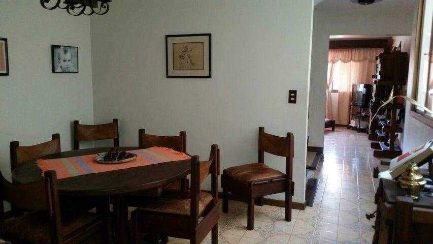 Casa Distrito Metropolitano>Caracas>Miranda - Venta:110.000 Precio Referencial - codigo: 19-592
