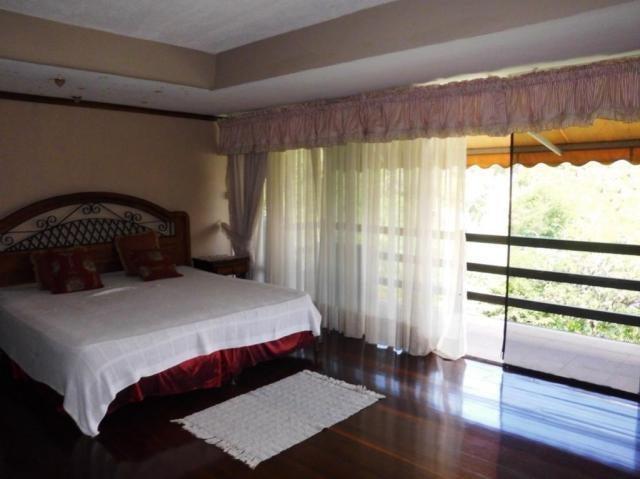 Apartamento Distrito Metropolitano>Caracas>Colinas de Valle Arriba - Venta:500.000 Precio Referencial - codigo: 19-227