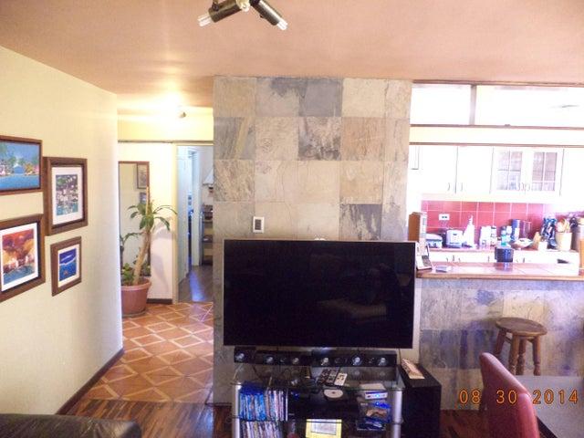 Apartamento Distrito Metropolitano>Caracas>Guaicay - Venta:65.000 Precio Referencial - codigo: 19-643