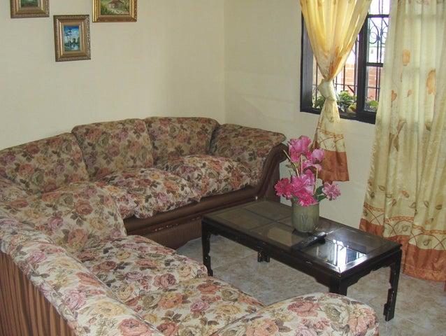 Casa Yaracuy>San Felipe>San Felipe - Venta:19.000 Precio Referencial - codigo: 19-715