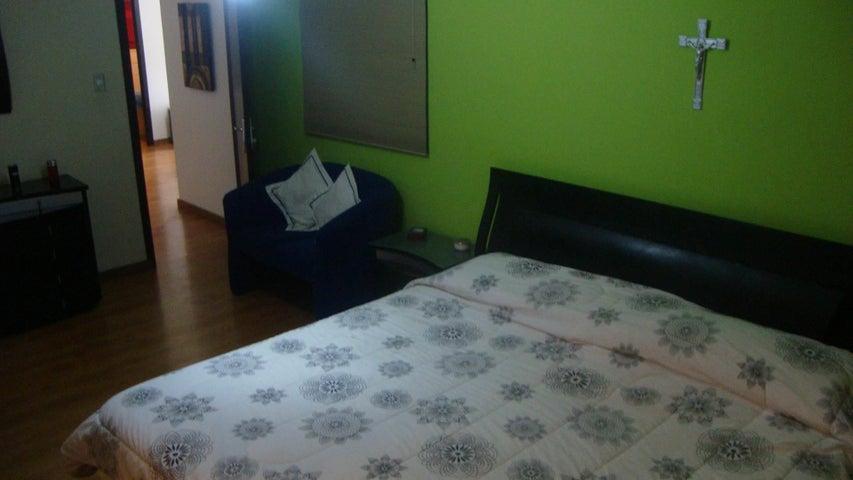 Casa Lara>Barquisimeto>Del Este - Venta:250.000 Precio Referencial - codigo: 19-719