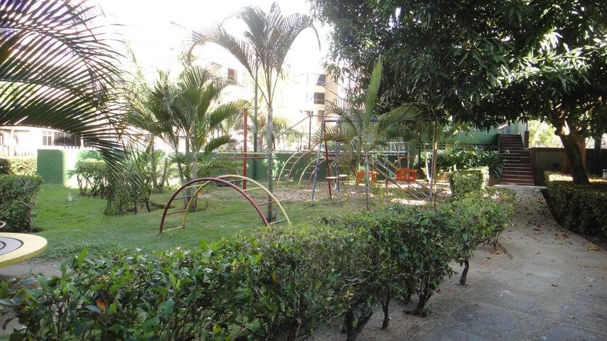 Apartamento Miranda>Higuerote>Agua Sal - Venta:20.000 Precio Referencial - codigo: 19-749