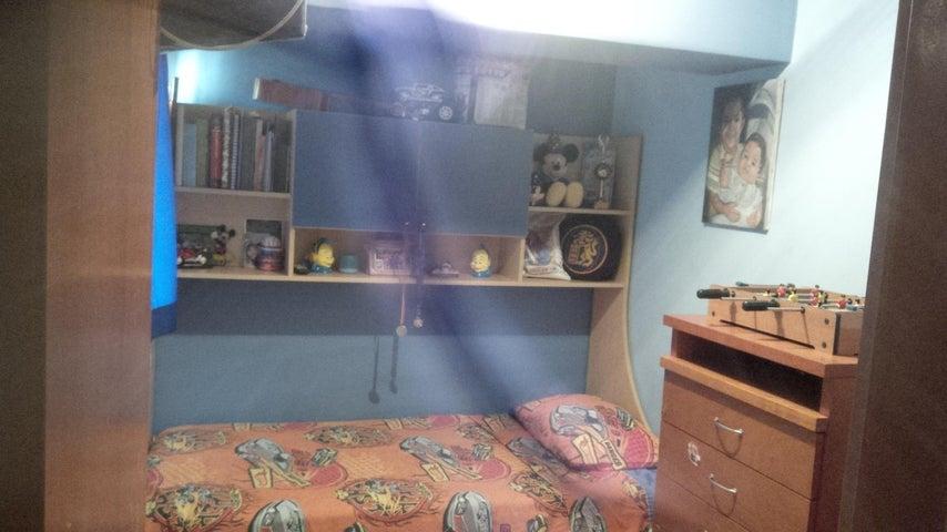 Apartamento Miranda>Los Teques>Los Teques - Venta:14.000 Precio Referencial - codigo: 19-809