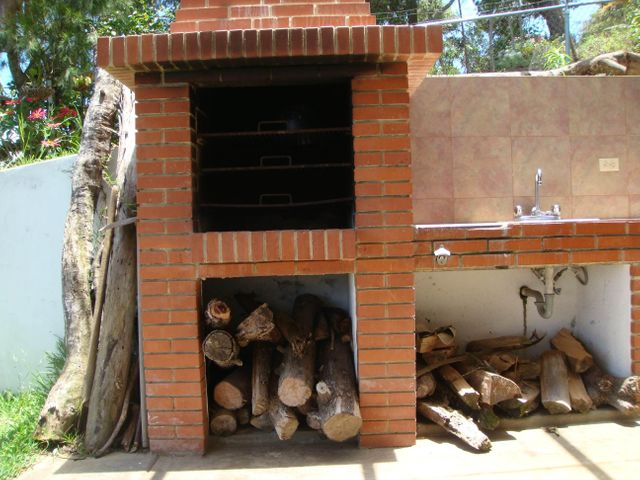 Casa Vargas>El Junquito-Vargas>El Junko Country Club - Venta:245.000 Precio Referencial - codigo: 19-915