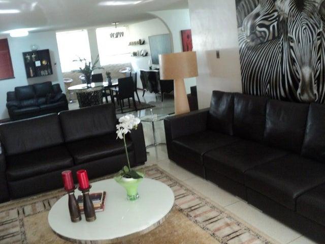 Apartamento Distrito Metropolitano>Caracas>Altamira - Venta:330.000 Precio Referencial - codigo: 19-952