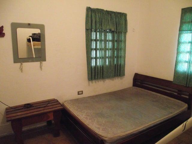 Casa Miranda>Higuerote>Mamporal - Venta:5.000 Precio Referencial - codigo: 19-958