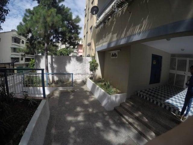 Apartamento Distrito Metropolitano>Caracas>Bello Monte - Venta:20.000 Precio Referencial - codigo: 19-982