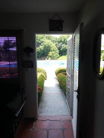 Apartamento Miranda>Rio Chico>Los Canales de Rio Chico - Venta:20.000 Precio Referencial - codigo: 19-983