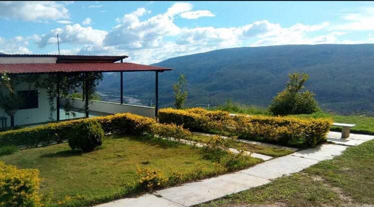 Terreno Lara>Barquisimeto>El Manzano - Venta:25.000 Precio Referencial - codigo: 19-994