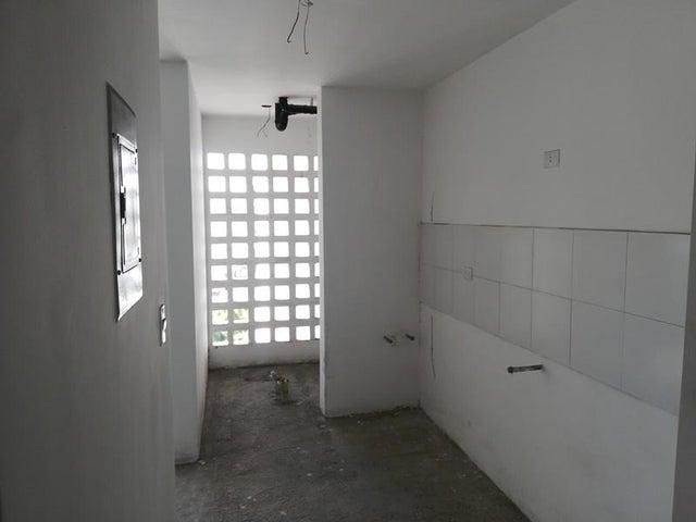 Apartamento Distrito Metropolitano>Caracas>San Jose - Venta:22.000 Precio Referencial - codigo: 19-1145