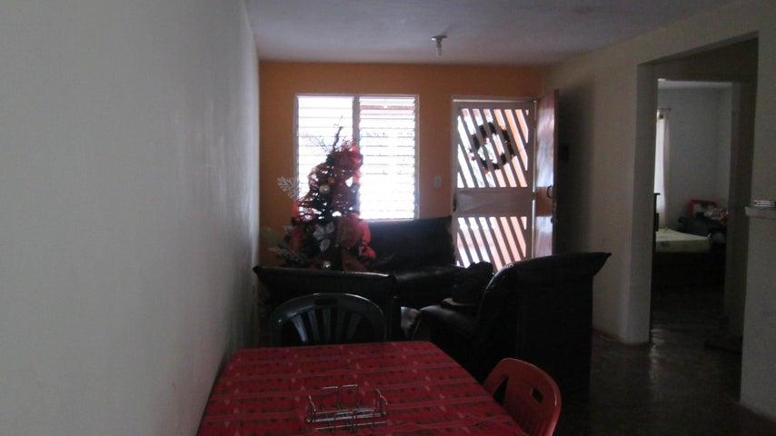 Casa Aragua>Palo Negro>Araguaney I - Venta:8.900 Precio Referencial - codigo: 19-1069
