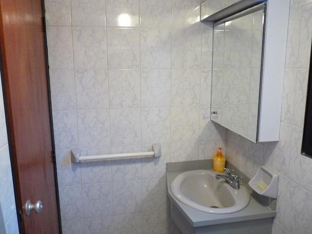 Apartamento Distrito Metropolitano>Caracas>Bello Monte - Venta:60.000 Precio Referencial - codigo: 19-1118