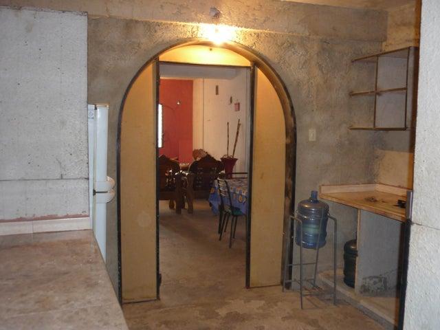 Casa Aragua>Maracay>Piñonal - Venta:12.500 Precio Referencial - codigo: 19-1155