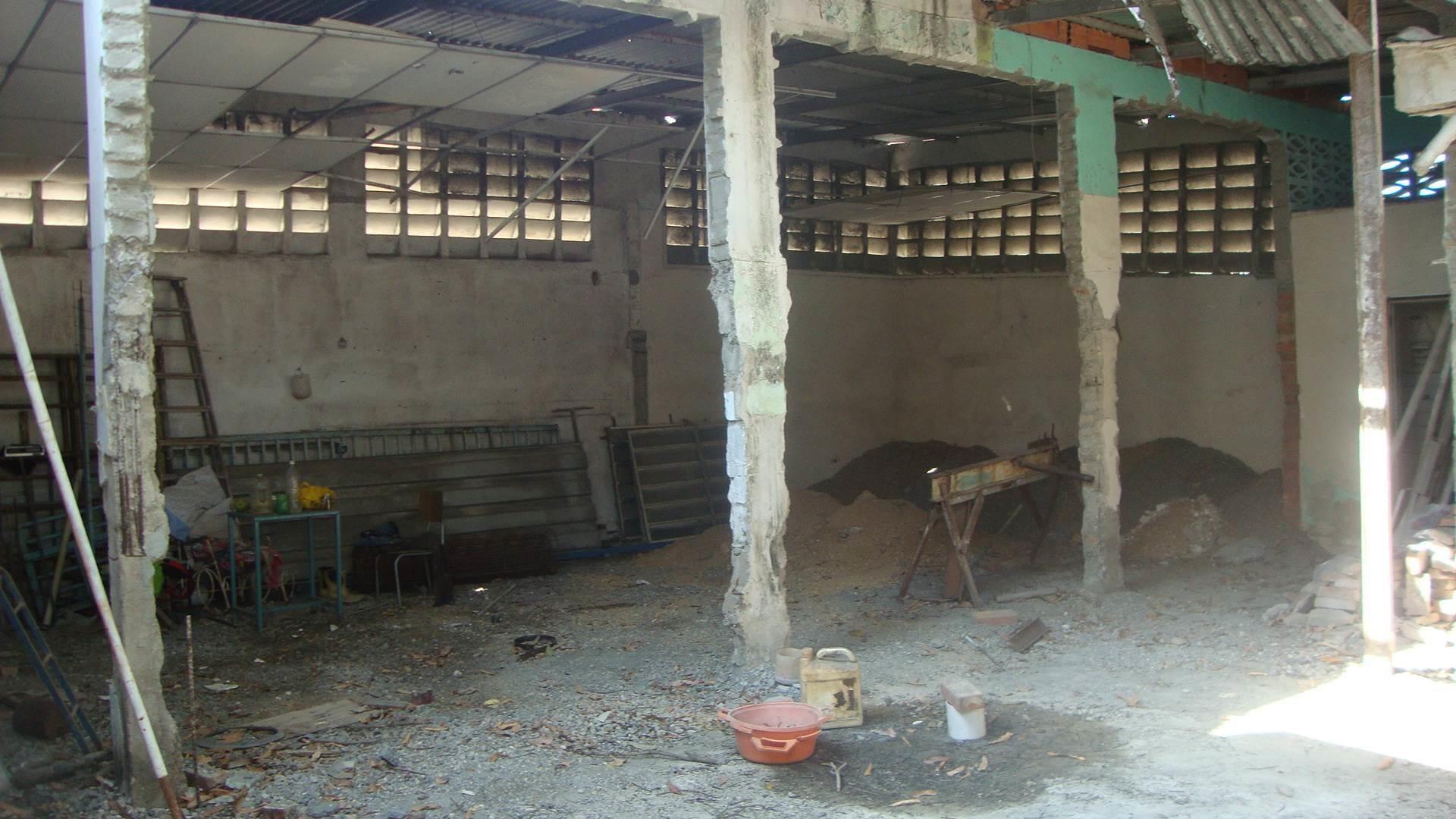 Local Comercial Lara>Barquisimeto>Centro - Venta:285.000 Precio Referencial - codigo: 19-1377