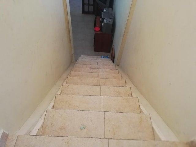 Casa Lara>Cabudare>La Mora - Venta:50.000 Precio Referencial - codigo: 19-1383