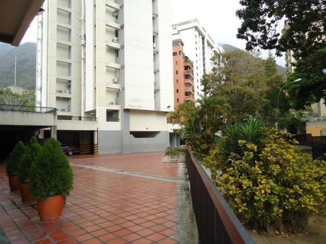 Apartamento Distrito Metropolitano>Caracas>Terrazas del Avila - Venta:73.000 Precio Referencial - codigo: 19-1397