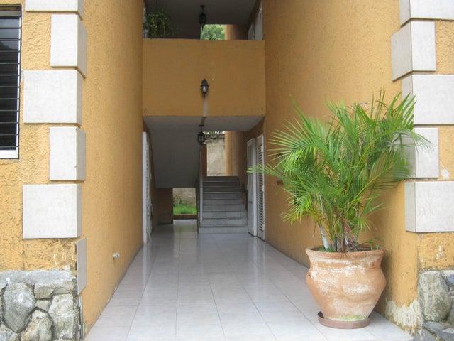 Apartamento Carabobo>Municipio Naguanagua>La Entrada - Venta:18.000 Precio Referencial - codigo: 19-1408
