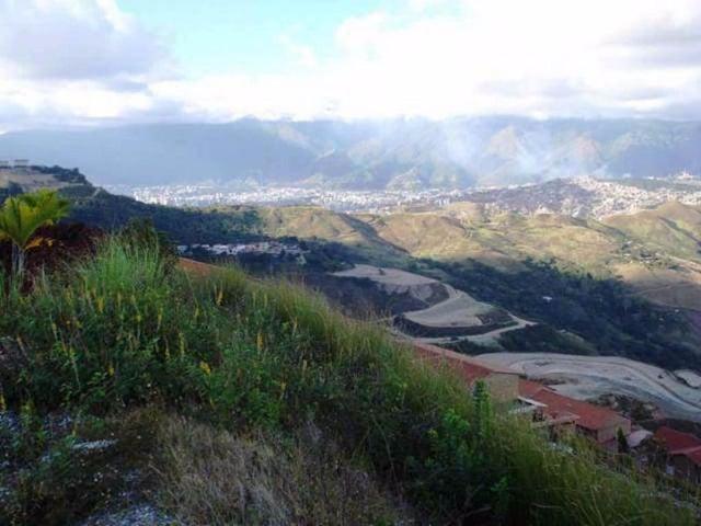 Terreno Distrito Metropolitano>Caracas>Loma Linda - Venta:30.000 Precio Referencial - codigo: 19-1433