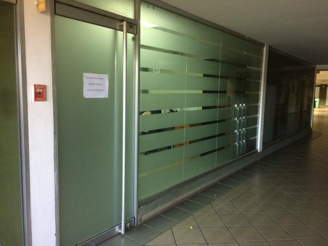 Oficina Carabobo>Valencia>La Isabelica - Alquiler:40 Precio Referencial - codigo: 19-1463