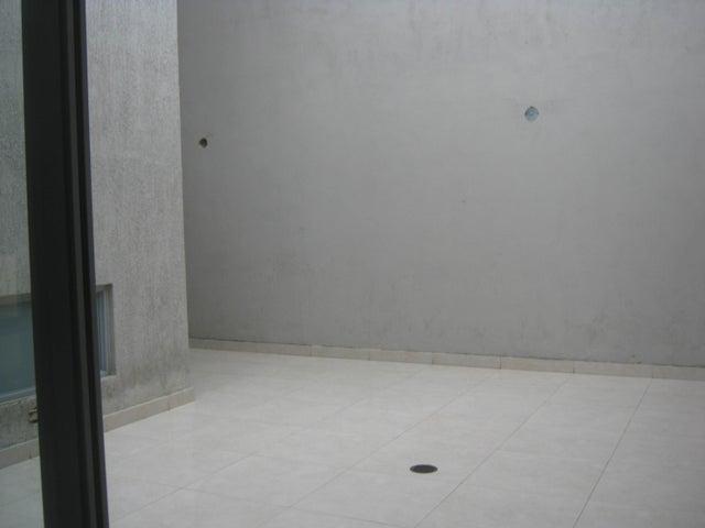 Apartamento Carabobo>Valencia>La Trigaleña - Venta:83.321.000 Precio Referencial - codigo: 19-1470
