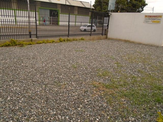 Local Comercial Lara>Barquisimeto>Parroquia Concepcion - Venta:45.000 Precio Referencial - codigo: 19-1474