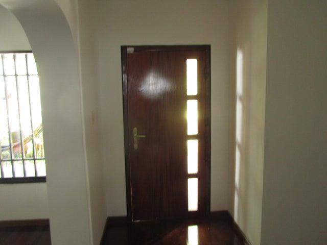 Casa Distrito Metropolitano>Caracas>Alto Prado - Venta:225.000 Precio Referencial - codigo: 19-1479