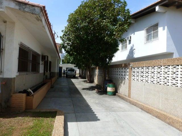Casa Miranda>Higuerote>Ciudad Balneario Higuerote - Venta:100.000 Precio Referencial - codigo: 19-1483