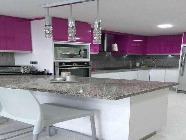 Apartamento Distrito Metropolitano>Caracas>Colinas de La Tahona - Venta:130.934.000 Precio Referencial - codigo: 19-1485