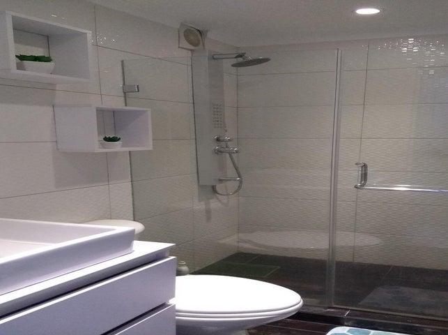 Apartamento Distrito Metropolitano>Caracas>Colinas de La Tahona - Venta:69.500 Precio Referencial - codigo: 19-1485