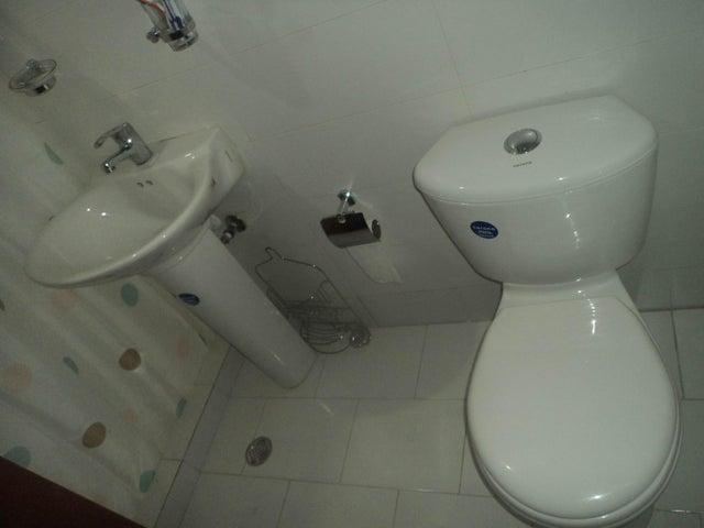 Apartamento Lara>Barquisimeto>Zona Este - Venta:171.404.000 Precio Referencial - codigo: 19-1491