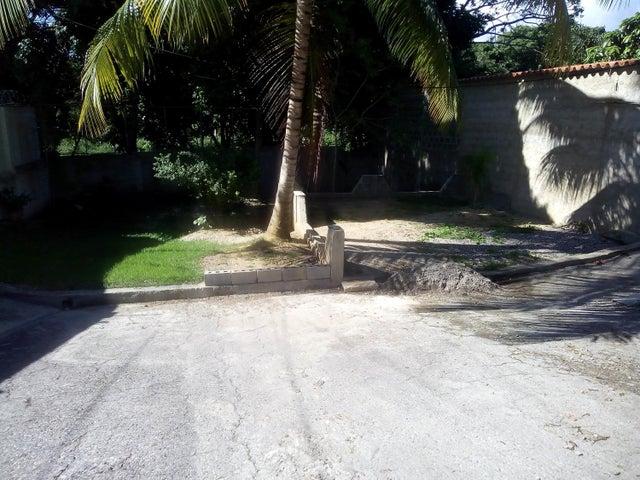 Casa Lara>Barquisimeto>Santa Elena - Venta:75.000 Precio Referencial - codigo: 19-1501