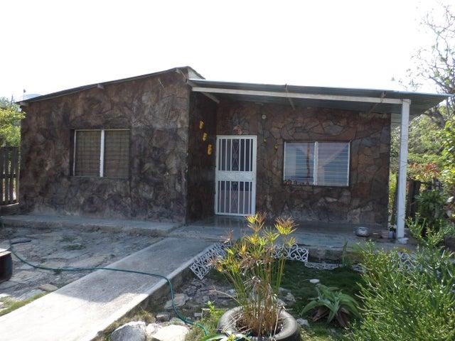 Casa Lara>Barquisimeto>Parroquia Juan de Villegas - Venta:2.200 Precio Referencial - codigo: 19-1509