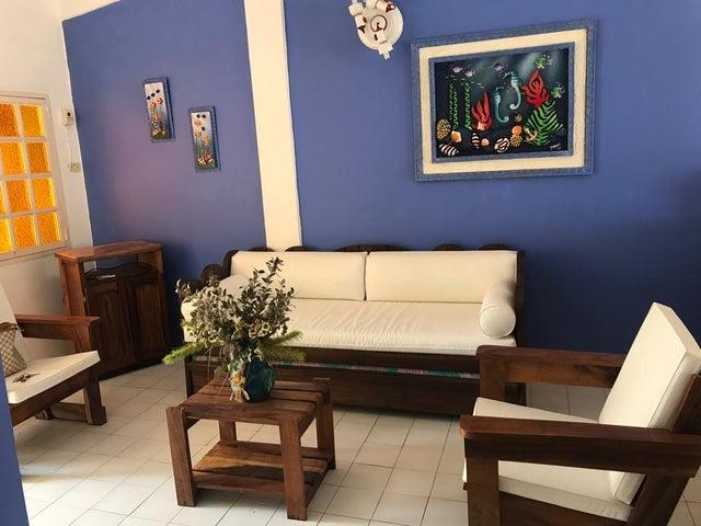 Casa Falcon>Chichiriviche>Playa Norte - Venta:8.000 Precio Referencial - codigo: 19-1516