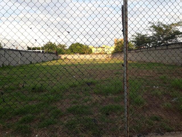 Terreno Zulia>Ciudad Ojeda>La N - Venta:60.000 Precio Referencial - codigo: 19-1529