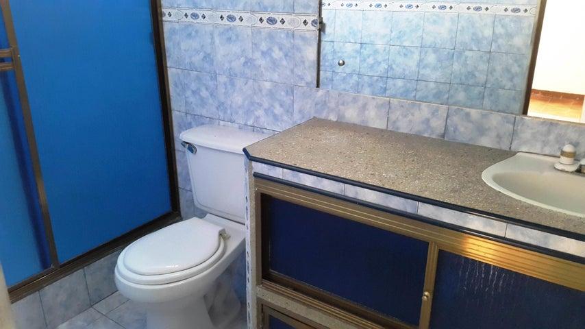 Casa Aragua>Turmero>Haras de San Pablo - Venta:20.000 Precio Referencial - codigo: 19-1532