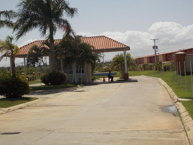 Apartamento Miranda>Higuerote>Higuerote - Venta:50.000 Precio Referencial - codigo: 19-1561