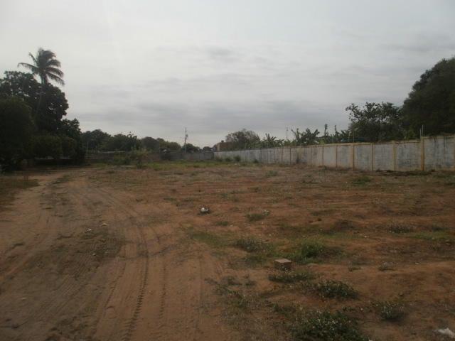 Terreno Zulia>Maracaibo>Los Bucares - Venta:30.000 Precio Referencial - codigo: 19-1566