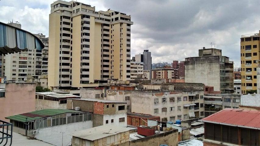 Apartamento Distrito Metropolitano>Caracas>Chacao - Venta:162.645.656.000 Precio Referencial - codigo: 19-1626