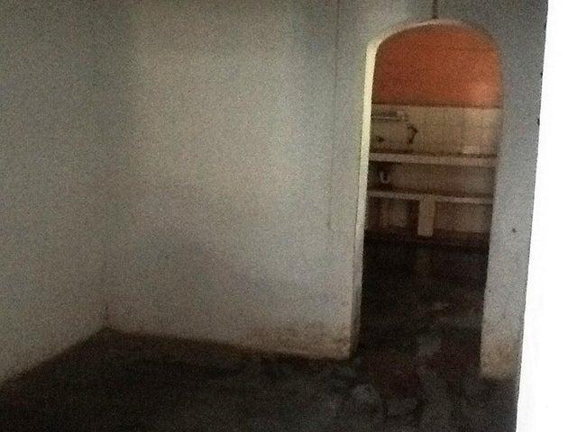 Casa Carabobo>Valencia>Centro - Venta:11.500 Precio Referencial - codigo: 19-1595